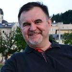 Hirek Wrona